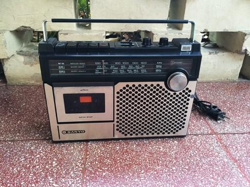 RadioTapeSanyo-1