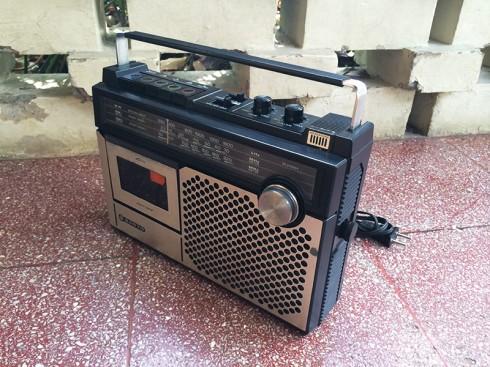 RadioTapeSanyo-2