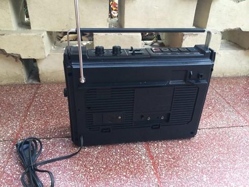 RadioTapeSanyo-3