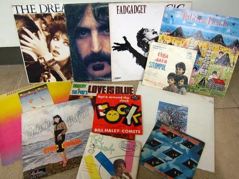 Vinyl_Lot24_Still