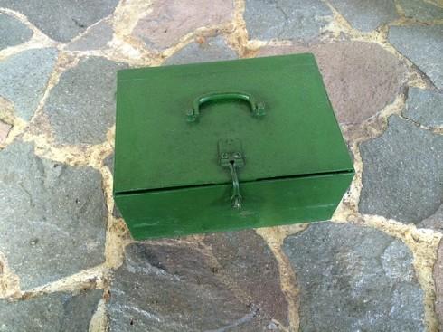 KotakBesiHijau-1
