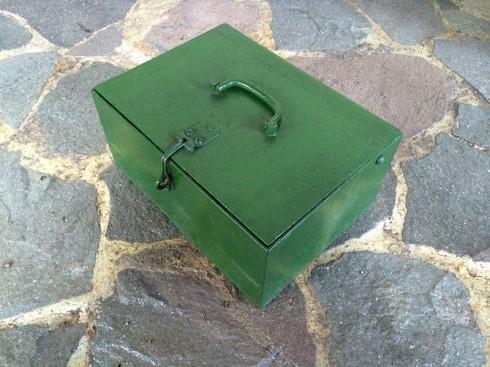 KotakBesiHijau-4